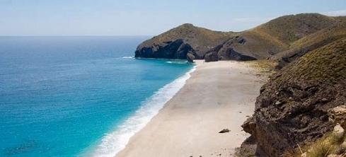 une plage à Alméria