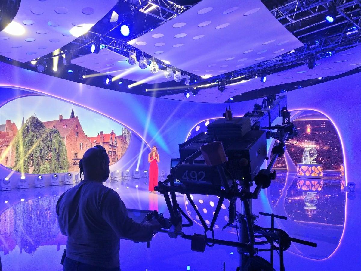 Enregistremet de l'émission Euromillions par la présentatrice